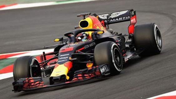 D.Ricciardo provou que tem um ótimo ritmo de corrida, quebrando o recorde do circuito
